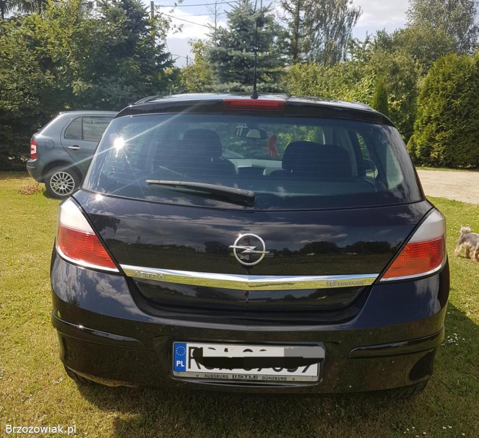 Opel Astra 2004 Klimkówka Rymanów